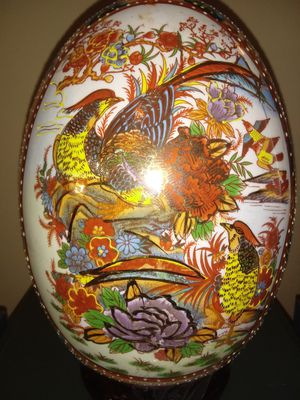 Beautiful hand painted large egg for Sale in Nashville, TN