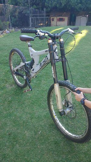 2009 specialized downhill mountain bike for Sale in La Mesa, CA