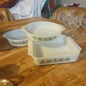 Vintage Anchor Hocking Bakeing Dishes 3 for Sale in Tempe, AZ