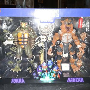 Neca Teenage mutant Ninja Turtles Tokka and Razhar for Sale in El Mirage, AZ