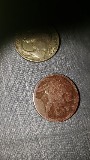 Very old buffalo indian nickel no date on either on make me a offer for Sale in Abilene, TX