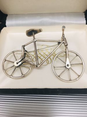 Rare vintage 925 Sterling Silver Novelty Bicycle Brooch for Sale in Carmichael, CA