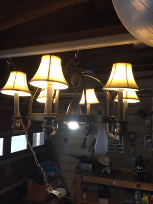 Iron Chandelier in good condition for Sale in Haltom City, TX