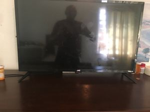 Jvc roku tv 32 inch for Sale in Dallas, TX