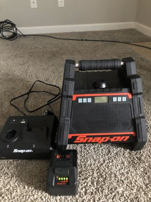 Snap On Bluetooth Speaker for Sale in Houston, TX
