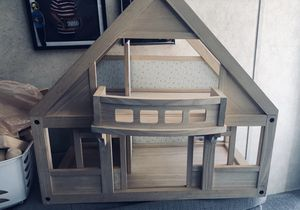 Dollhouse with accessories for Sale in Tijeras, NM