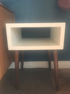 Mid century modern style side table for Sale in Harbor City, CA