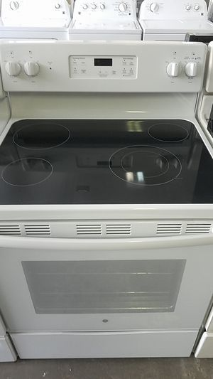 GE glass top stove for Sale in Tampa, FL