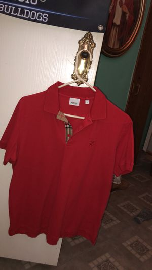 Burberry shirt for Sale in Alvarado, TX