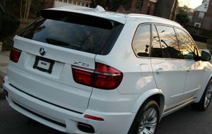 2OO9 BMW X5 SUV AutomaticV8 for Sale in Lexington, KY