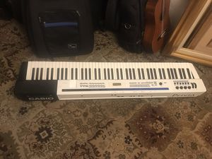Casio Privia Pro PX-5S Digital Piano (88 key, with original power cord, EVERYTHING works great !) for Sale in Los Angeles, CA