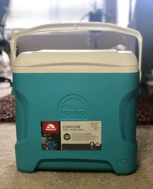 Brand New IGLOO Cooler (Improved Cool Riser Technology) for Sale in El Cajon, CA