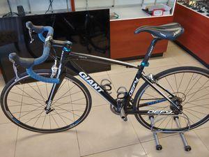 "Giant race bike small. Frame (5""4-5'7) for Sale in Hialeah, FL"