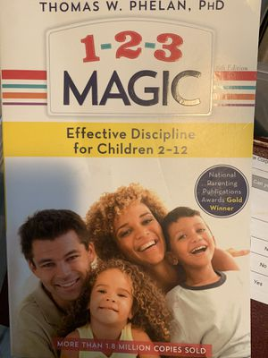 Book: 1-2-3 Magic (Effective discipline Children ages 2 to 12) for Sale in Woodinville, WA