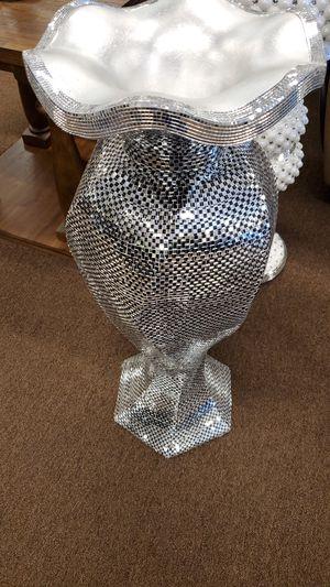 Decorative vase for Sale in Victoria, TX