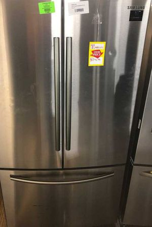 Samsung 25.5 cu. ft. French Door Refrigerator in Stainless Steel YZ72 for Sale in Dallas, TX