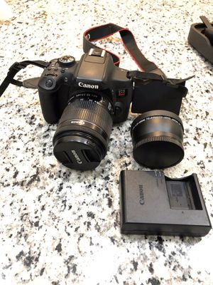 Canon T6i with two lenses (18-55mm and 2.2x 58mm telephoto lens) for Sale in San Diego, CA