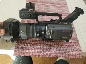 SONY 3CCD 12X DVCAM/SD CARD, MOD. DSR-PD150 for Sale in Napa, CA