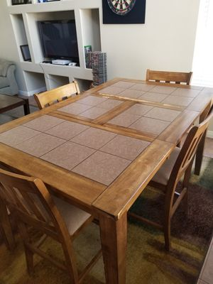 Dining room table for Sale in Las Vegas, NV