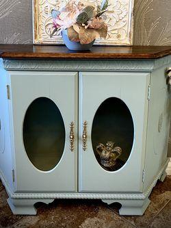 Vintage Cabinet for Sale in El Cajon,  CA