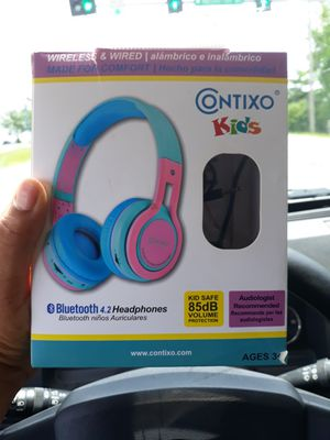 Kids bluetooth headphones for Sale in St. Louis, MO
