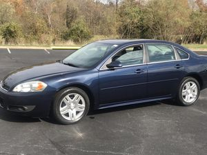 2010 Chevy impala very clean and title 190k miles 1700 for Sale in Silver Spring, MD