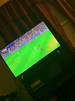 TCL ROKU TV 47 inch 4K for Sale in Riverdale, MD