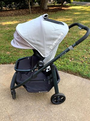 UPPAbaby Cruz Stroller + Car Seat + TWO bases (expires 2025!) for Sale in Richmond, VA