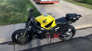 2001 honda cbr 600 f4i stunt bike for Sale in Denver, CO