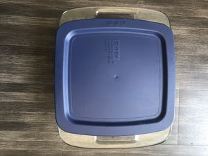 Pyrex 8x8 - 2qt for Sale in Los Angeles, CA