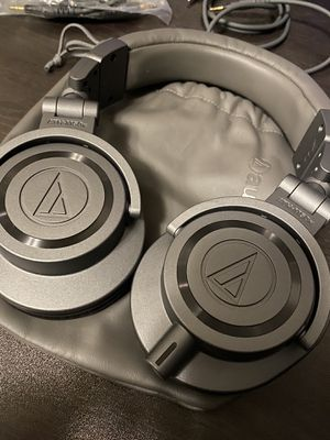 Audio-Technica ATH-M50xGM Professional Monitor Headphones, Gun Metal for Sale in Glendale, CA