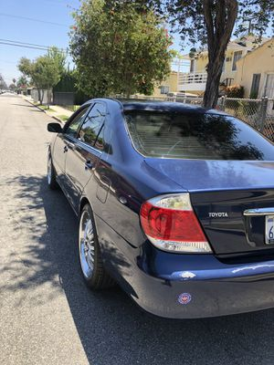 05 TOYOTA CAMARY LE (SAVE GASOLINE) for Sale in Los Angeles, CA
