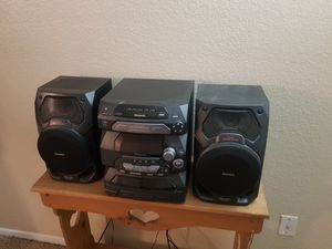 Panasonic SA-AK17 Home Stereo System 5 CD Changer . for Sale in Irving, TX