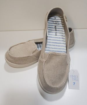 Shoes size 7 for Sale in Corona, CA