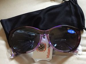 Outdoor reading sunglasses 🕶 for Sale in Yuma, AZ