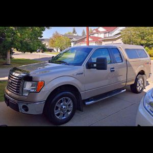 2010 F150 CAMPER LEER WITH BEDS for Sale in Goodyear, AZ
