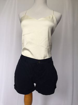 Women Clothing short bongo size 5 for Sale in Galloway, OH
