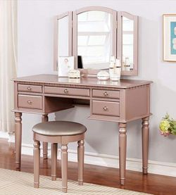 Vanity Differents Colors New In Boxes for Sale in Ontario,  CA