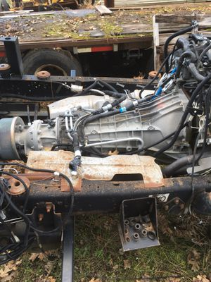 2004 E450 PARTS! Motor, trans, axels and frame, really good condition for Sale in Rogue River, OR