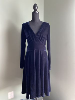 Navy velvet dress for Sale in Bristow, VA
