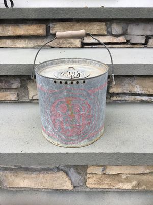 Vintage old Pal Minnow fish bucket for Sale in Concord, MA