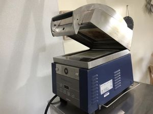 Commercial panini press ( panini & microwave) for Sale in McLean, VA