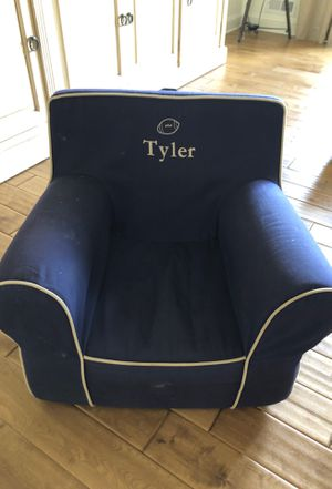 Pottery barn kids chair for Sale in Robbinsville, NJ