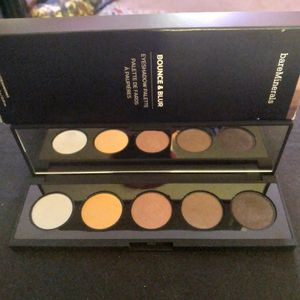 BARE MINERALS BOUNCE & BLUR EYESHADOW PALETTE for Sale in Minneapolis, MN