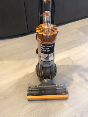 Dyson Ball Vacuum for Sale in Fort Lauderdale, FL
