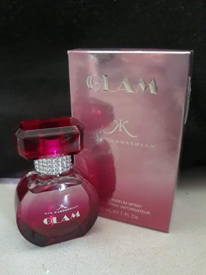 Glam Kim Kardashian women's fragrance for Sale in Winter Haven, FL