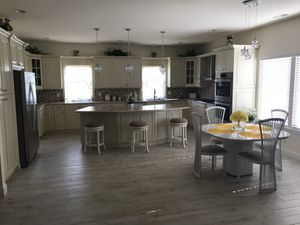 Dinette with 4 chairs for Sale in Howell Township, NJ