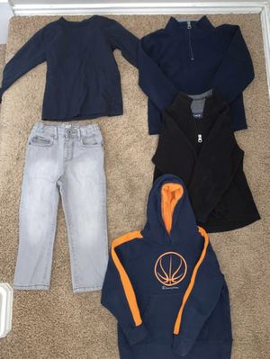 Clothes size 3 and 4 for Sale in Dallas, TX