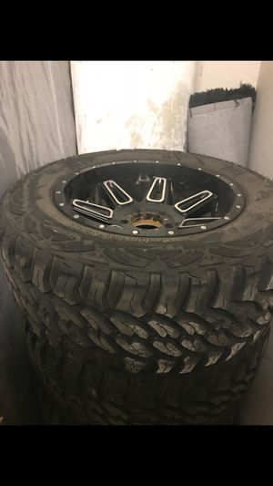Mud tires for Sale in Cleveland, OH