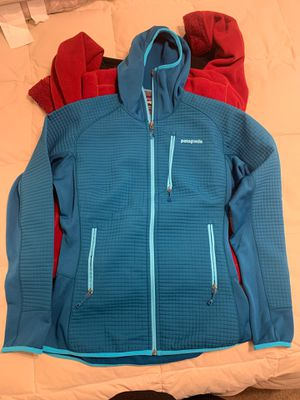 Patagonia jacket women's size medium for Sale in Los Alamitos, CA